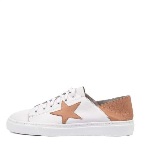 Oholiday White Dk Tan by Mollini
